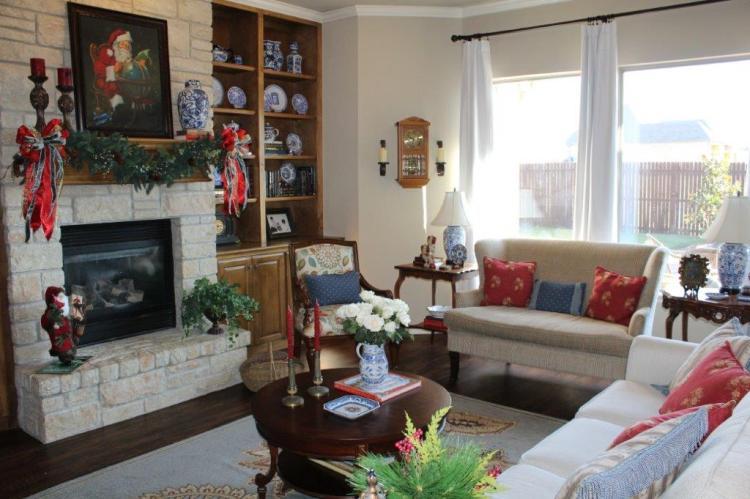 Belle Bleu Interiors Christmas Home Tour 24