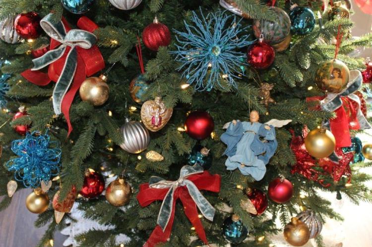 Belle Bleu Interiors Christmas Home Tour 7