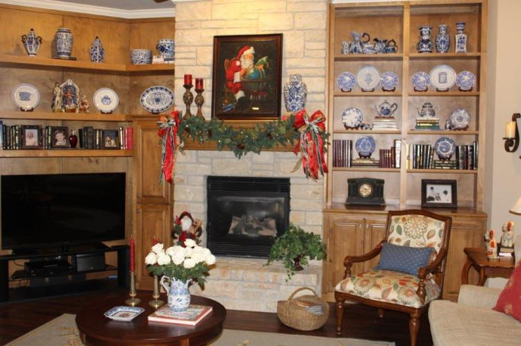 Bellle Bleu Interiors Christmas Home Tour 1