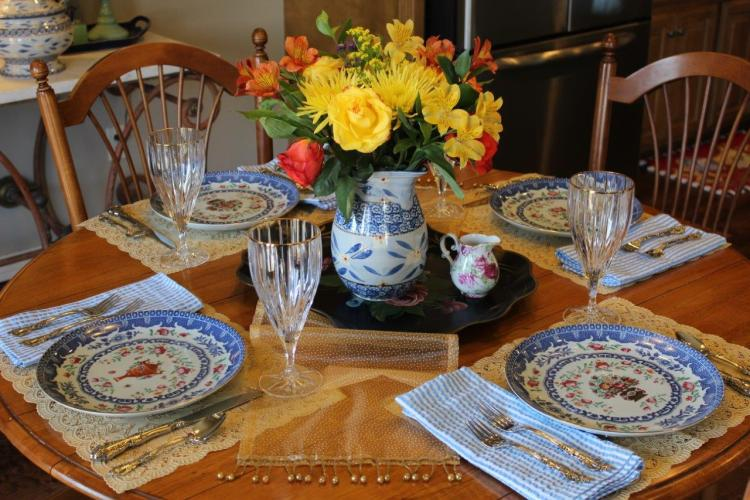 Belle Bleu Interiors A Cheerful and Bright Winter's Table 4