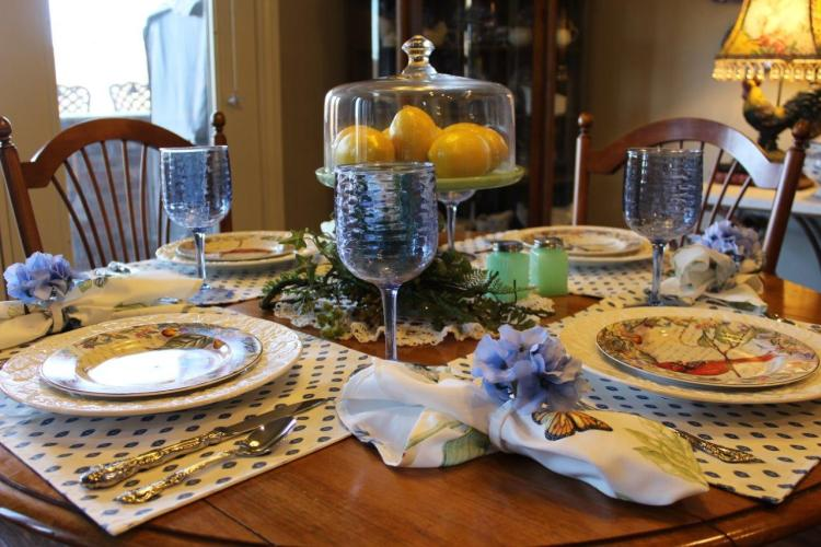 Belle Bleu Interiors Sunday Brunch Tablescape 10