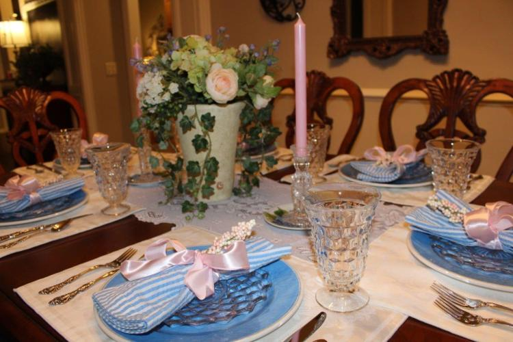 Tablescape Thursday:  A Nod to Spring