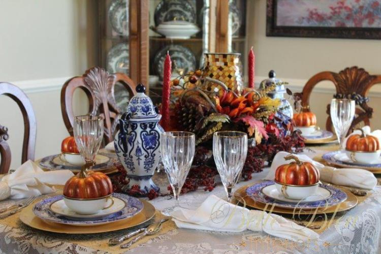 A Grateful Thanksgiving Table
