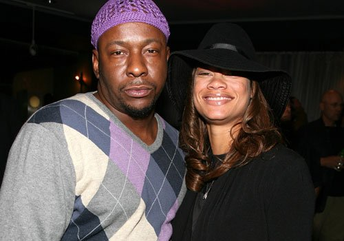 Bobby Brown will marry his two year long fiancée Alicia Etheridge in Hawaii on the weekend of June 15th photo