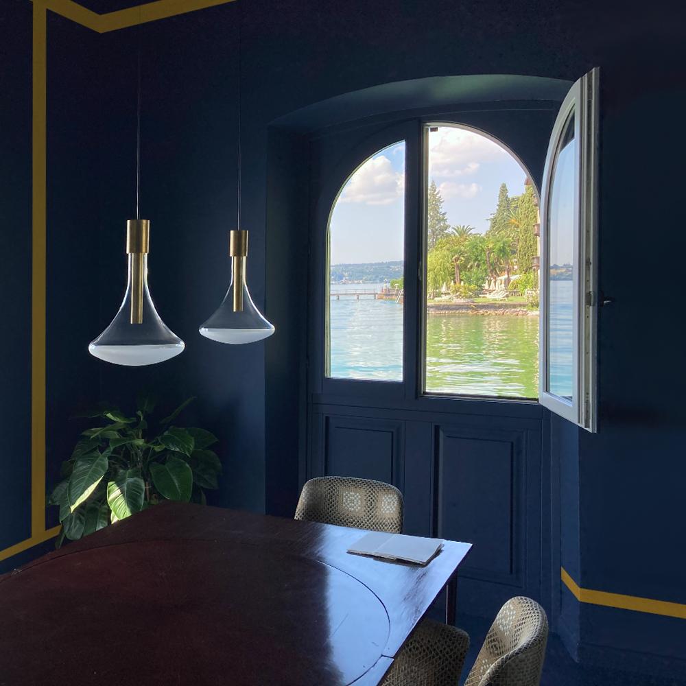 blu torretta: progetto d'interni e studio del colore per un locale ad uso ristorante sulle sponde del lago di Garda a Gardone Riviera