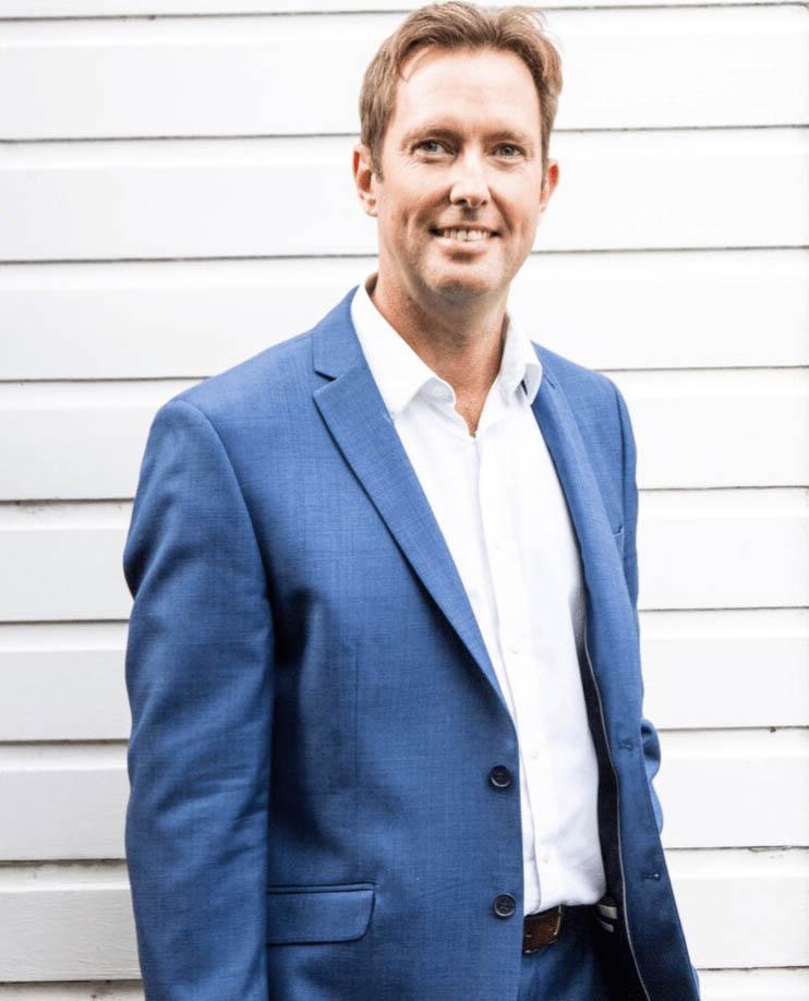 Dr Chris Elliott, Solihull Dentist