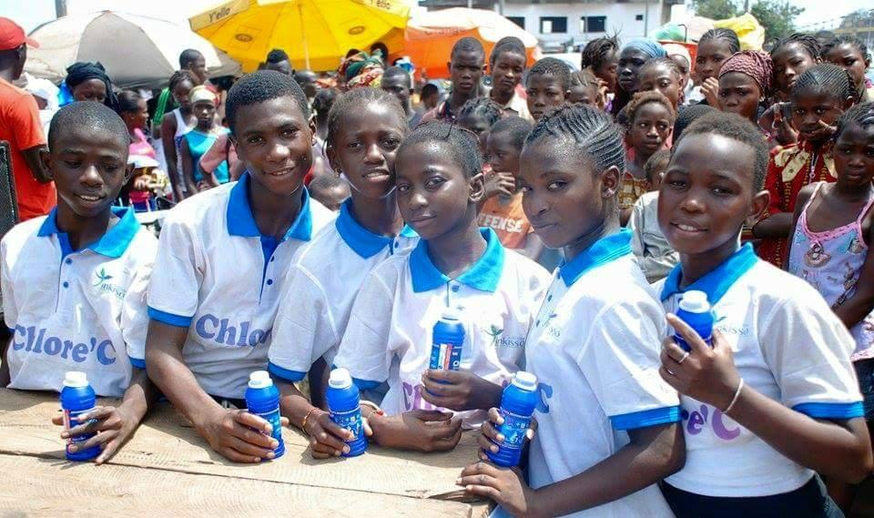 TINKISSO ANTENNA EN GUINEE CONAKRY: Un modèle entrepreneuriale social jeune dans le domaine de l'eau de javel