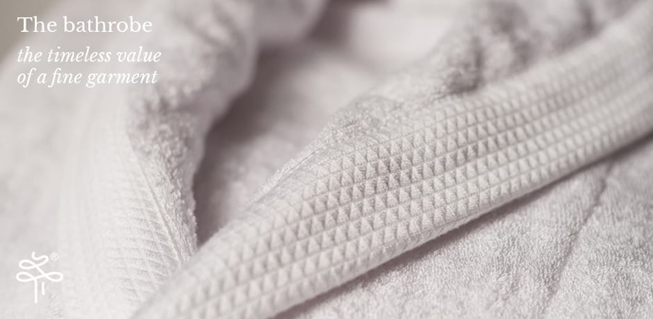 HP_bathrobe