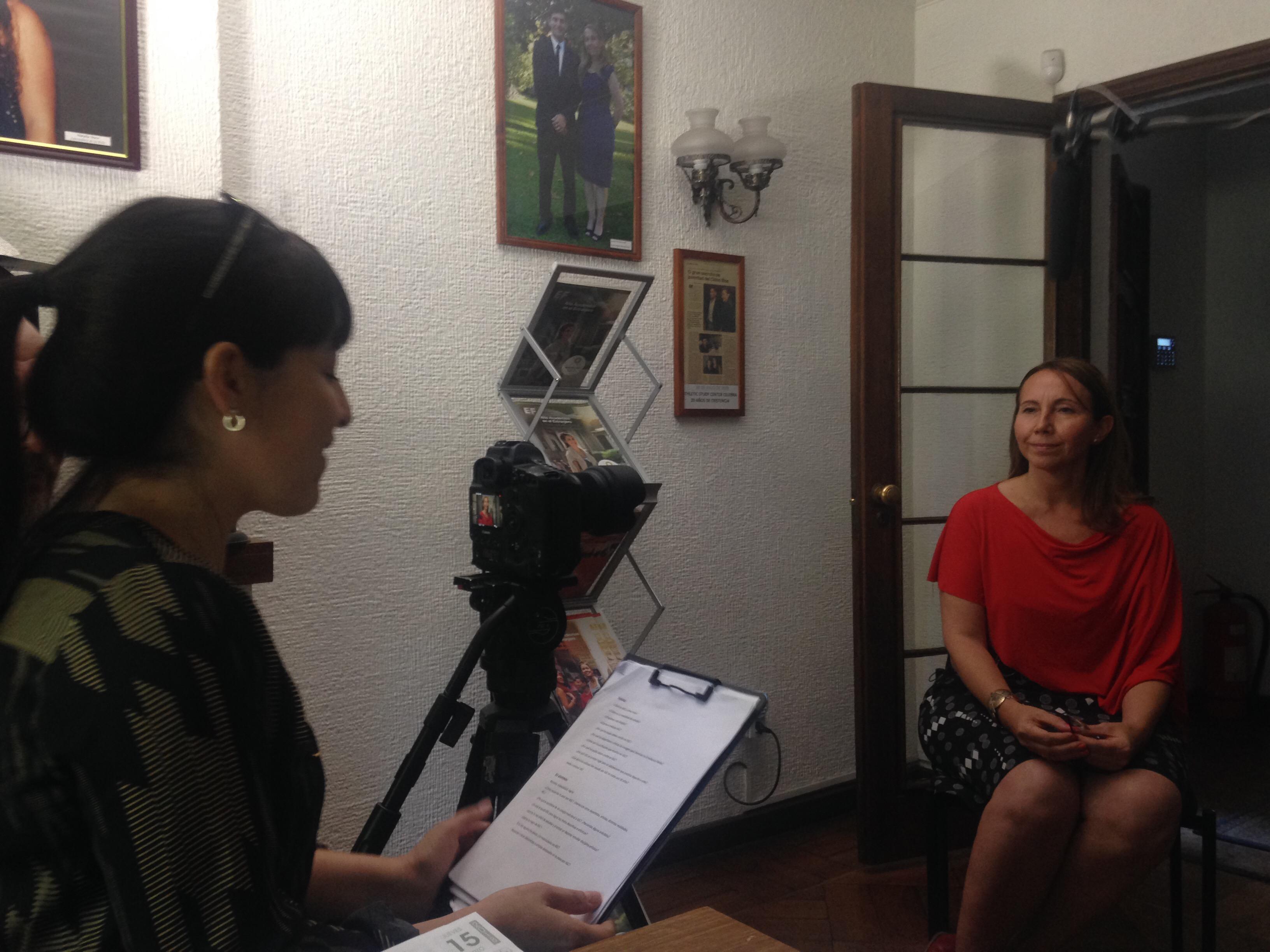 Sylvia Delgado, Directora de ASC, en entrevista para videos institucionales
