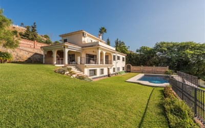 7 Bedroom villa in El Paraiso Alto