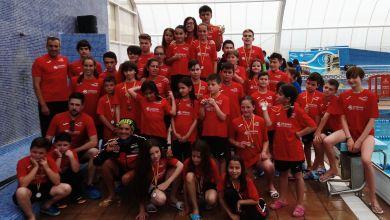 Photo of 39 medallas para los benaventanos en el VI Trofeo Villa de Benavente de Natación