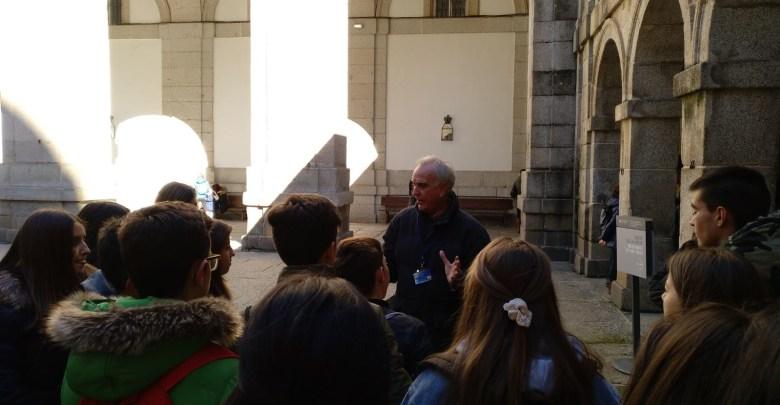 Photo of Escapada cultural y lúdica de los alumnos del «León Felipe» a «El Escorial»