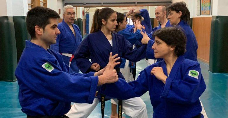 Photo of Curso de Defensa Personal especial para mujeres impartido por el C.D Shotokan Kárate Benavente