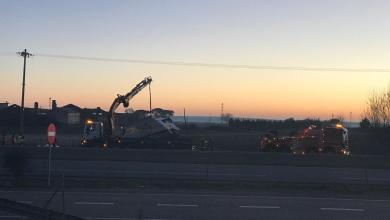 Photo of Brutal accidente al chocar dos camiones en la A-6 con ambos conductores heridos