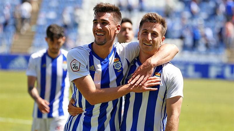 Diego Jiménez da prácticamente el play off al Recre con su gol
