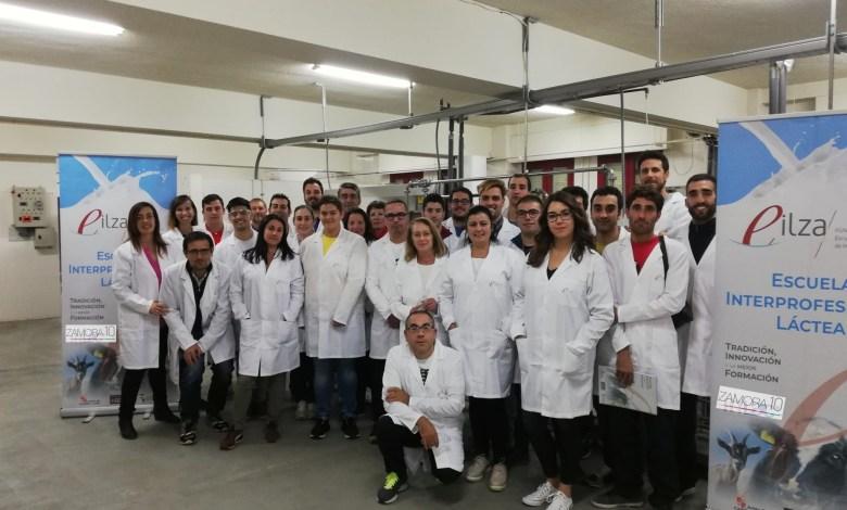 Photo of La Escuela Internacional de Industrias Lácteas reanuda su actividad formativa