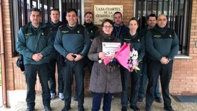Photo of Agentes del cuartel de Villalpando homenajean a Ana María por 38 años de trabajo