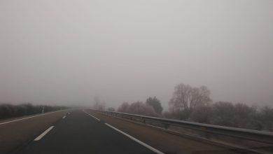 Photo of Complicaciones en las carreteras por la intensa niebla y hielo en la calzada