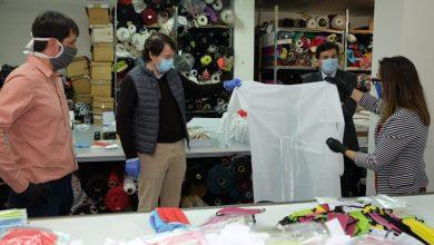 Photo of Mañueco agradece a las empresas que han reorientado su negocio hacia la producción de material sanitario