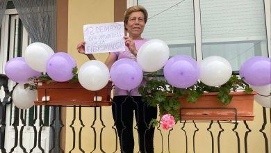 Photo of Decora tu balcón con globos por la Fibromialgia y «Haz visible lo invisible»