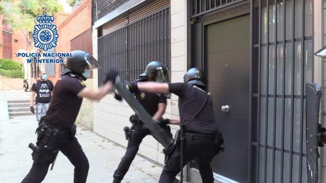 Photo of Desarticulado un grupo dedicado a los robos con fuerza en oficinas y comercios, entre ellos en León