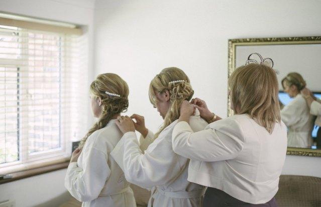 Nicola scott uk wedding photographs (25)