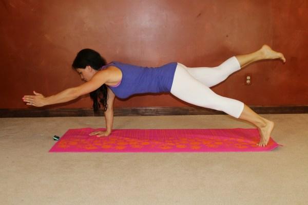 Supergirl Plank