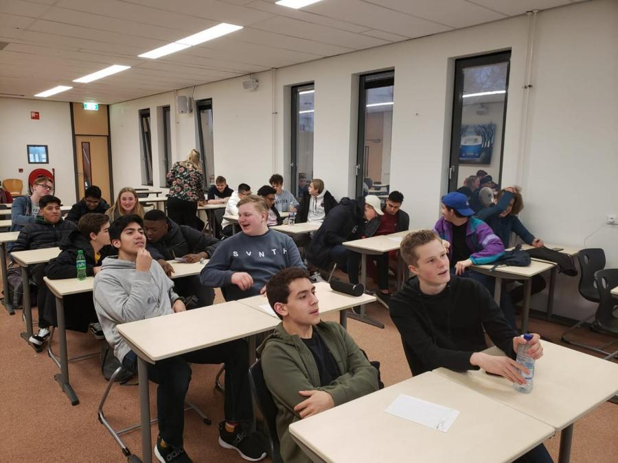 SBP+students+join+their+hosts+in+a+Netherlands+exchange+program+at+the+Jac.+P.+Thijsse+School+in+Castricum%2C+The+Netherlands.