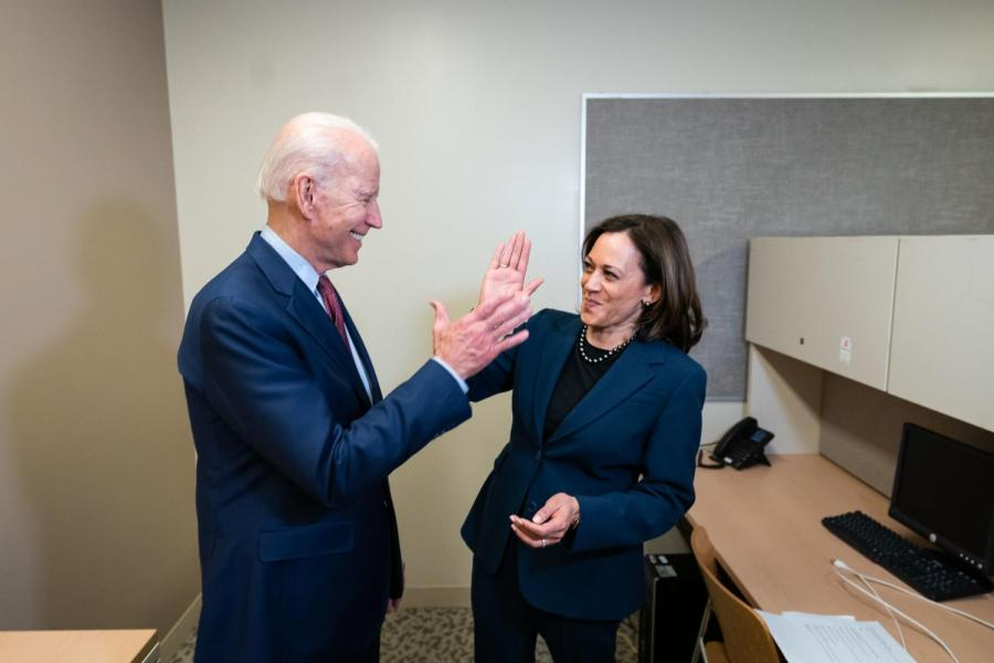 In+pre-pandemic+times%2C+then+Democratic+Presidential+candidate+Joe+Biden+shared+a+light+moment+with+then+Sen.+Kamala+Harris.+Mr.+Biden+is+being+sworn+as+U.S.+President+today%2C+with+Ms.+Harris+as+Vice+President.