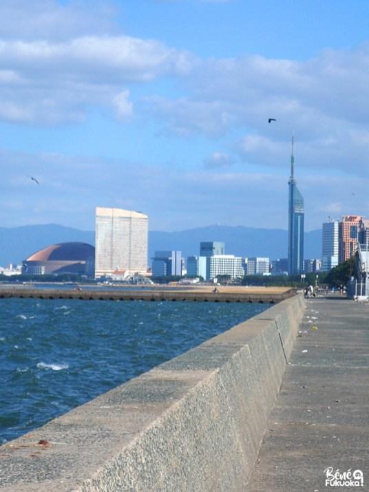 Meinohama, Fukuoka Vue sur Fukuoka depuis le port de Noko, Fukuoka