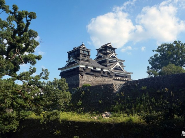 Visiter le château de Kumamoto après les séismes (septembre 2016)