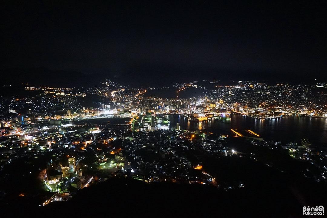Vue à 10 millions de dollars au mont Inasa, Nagasaki