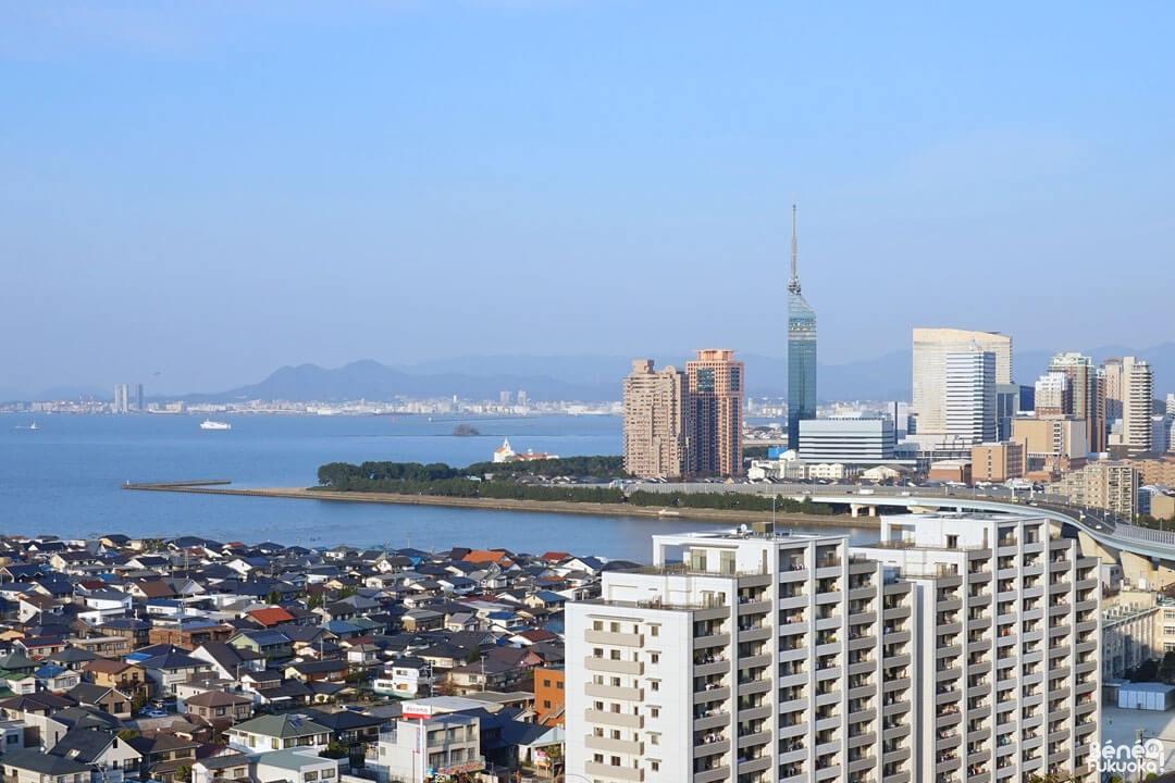La vue sur Fukuoka depuis le sanctuaire Atago
