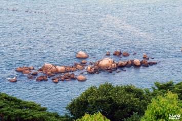 Des rochers sacrés au pied du château de Karatsu