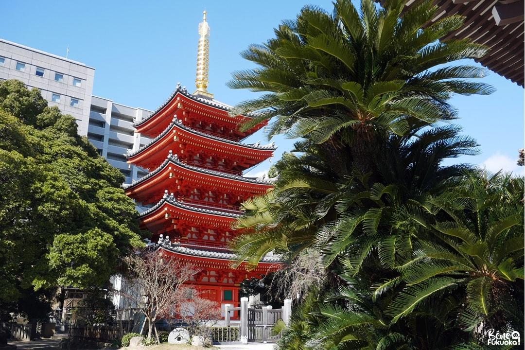 La pagode à 5 étages du temple Tôchô-ji, Fukuoka