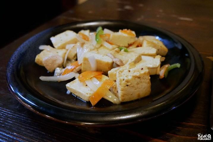 Tôfu champuru, cuisine d'Okinawa