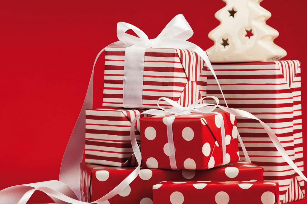 Immagini Di Natale Regali.Regali Di Natale Dove Finisce La Scatola Benfante Spa