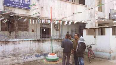 Photo of ছাত্রীকে ইভটিজারদের হাত থেকে বাঁচাতে গিয়ে আক্রান্ত শিক্ষক, চাঞ্চল্য রায়গঞ্জে