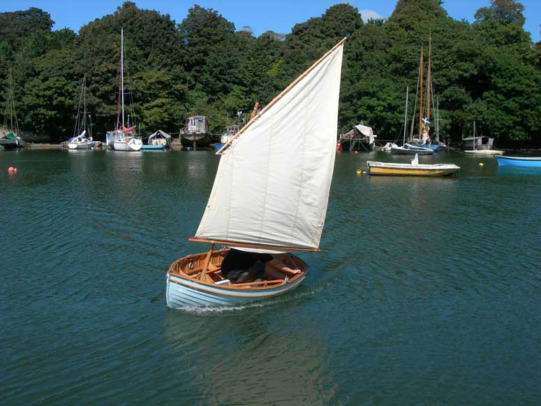 Auk tender row boat 2 - Ben Harris - Wooden Boats
