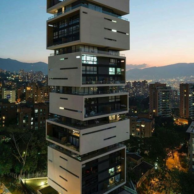 Luxury and Modern Buildings 23