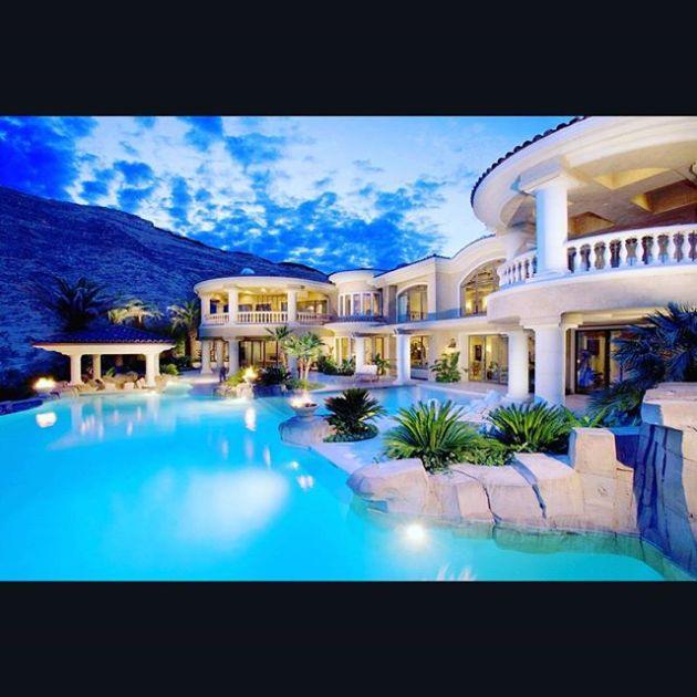 Luxury and Modern Buildings 24