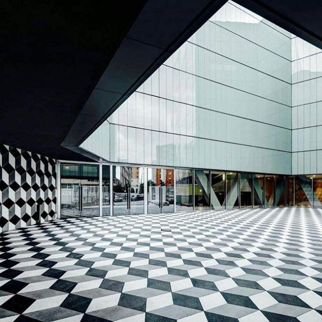 Luxury and Modern Buildings 51