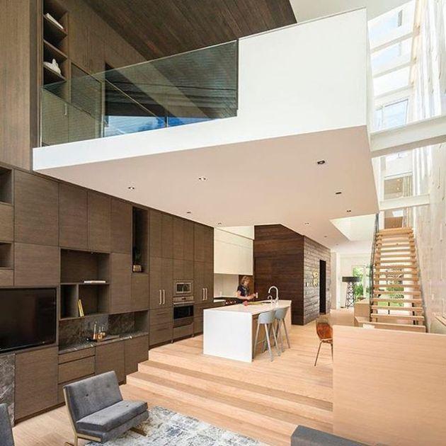 Luxury and Modern Buildings 80