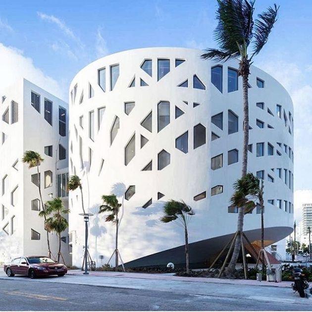 Luxury and Modern Buildings 88
