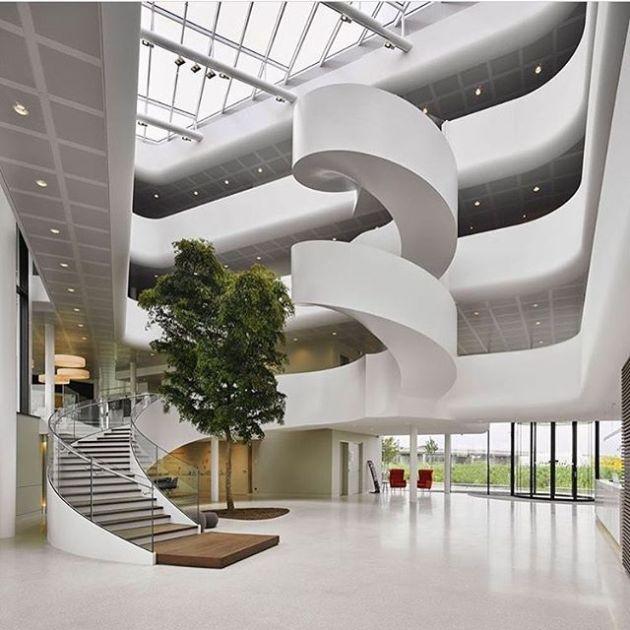 Luxury and Modern Buildings 105