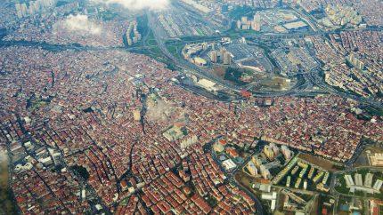 5.7 magnitude earthquake in Istanbul 1