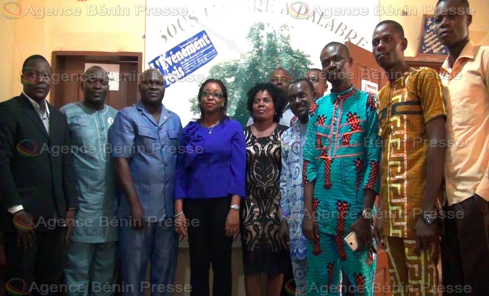 La ministre de la communication Aurélie Adam Soulé Zoumarou visite des organes de presse privés à Cotonou / Photo : Agence Bénin Presse