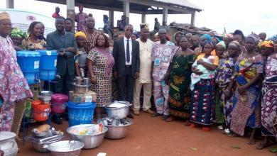 Photo of L'Ong Autre Vie offre du matériel culinaire aux populations des Aguégués pour promouvoir l'hygiène et la nutrition