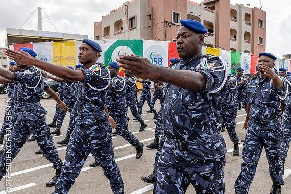 144 commissariats de Police