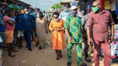 Photo of Descente d'une délégation du Ministère des Affaires Sociales suite à l'incendie survenu au marché Missèbo